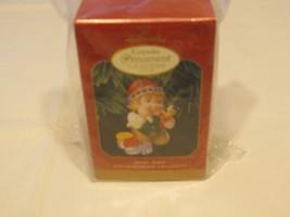 Hallmark Keepsake ornament Christmas arctic Artist 1999 painter membersh... - $29.69