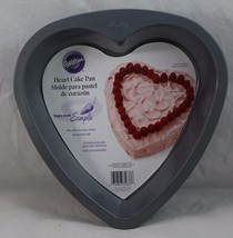 Wilton Decorator Preferred 9-Inch Heart Shaped Cake Pan NEW - $9.99