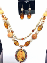 Victorian Style Necklace Set - $10.00