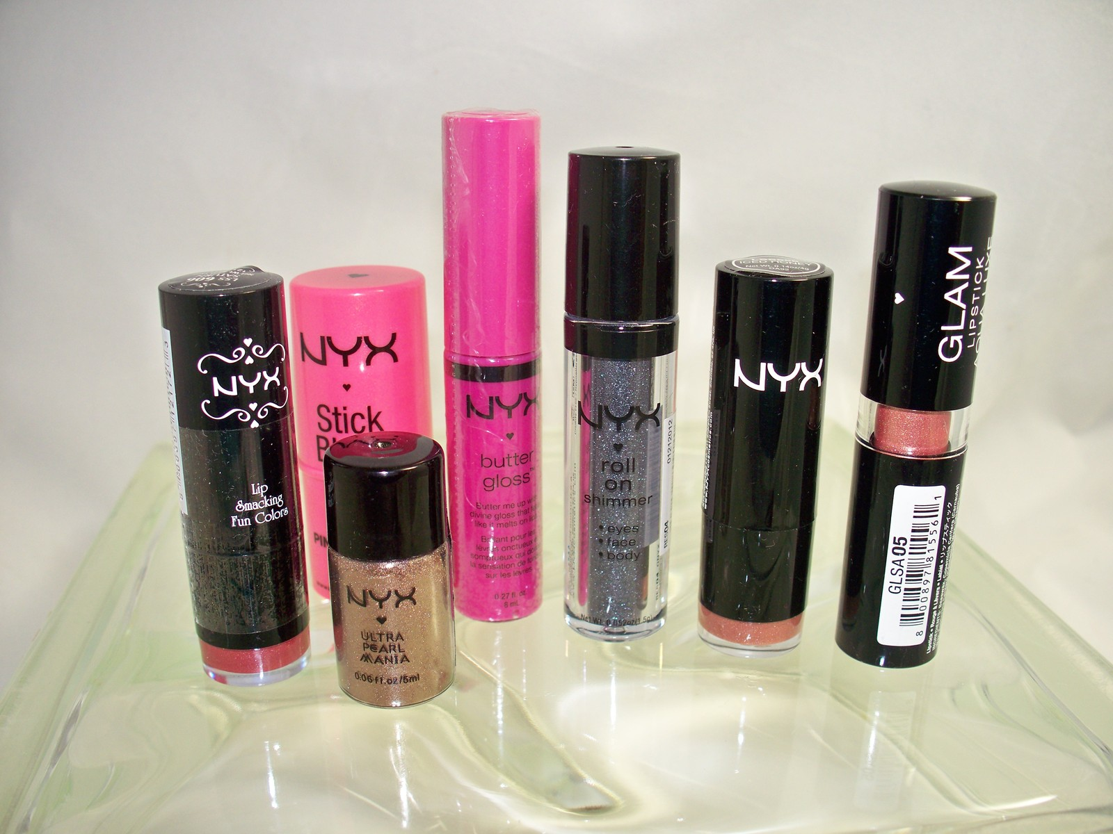 Primary image for Nyx 8 piece set for lips, eyes & cheeks includes Liquid Suede for lips