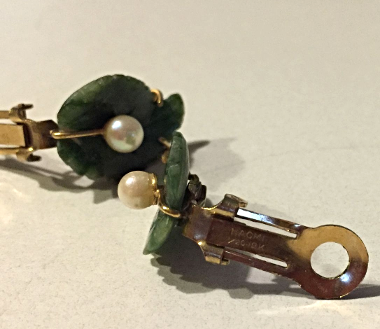 VINTAGE ESTATE 1/20 12K GOLD CARVED NATURAL GREEN JADE AND PEARL CLIP EARRINGS image 3
