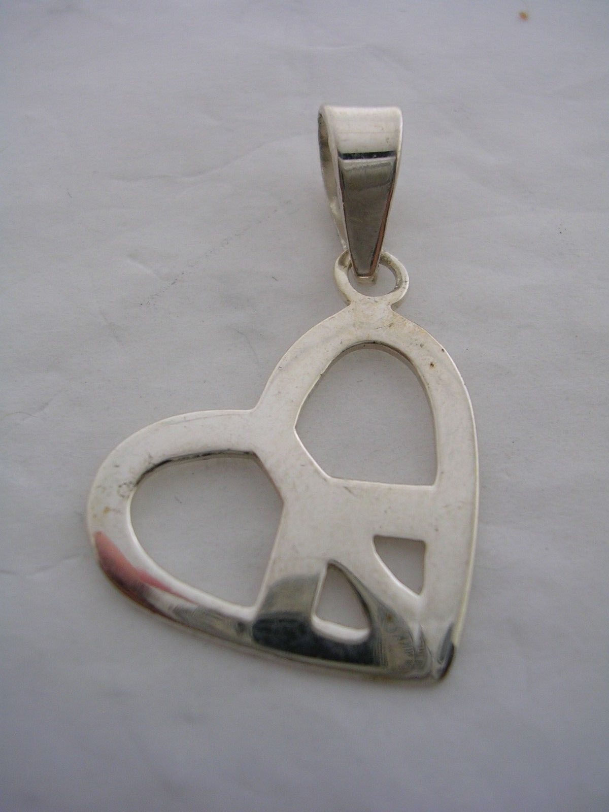Primary image for HEART AND PEACE SIGN PENDANT IN STERLING SILVER