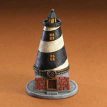 "Boyds Treasure Box ""Samuel's Harbour Lighthouse w/Foggy McNibble""#401520... - $29.99"