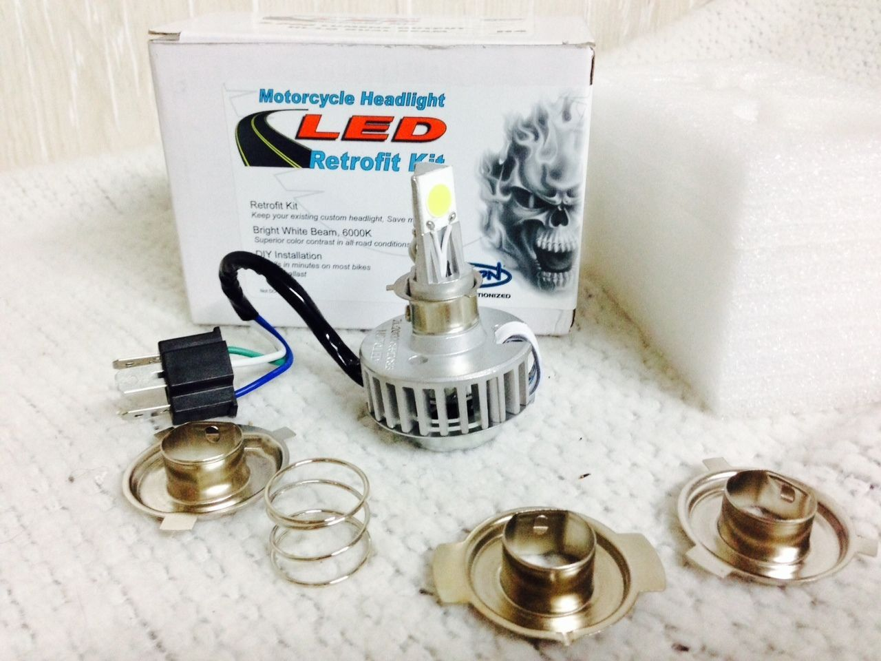 New Cyron LED Headlight Retrofit Kit to Replace Stock H4 Bulb 1 amp  Harley