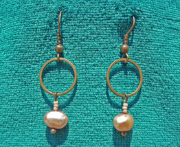 Freshwater Pearl Earrings - $6.00