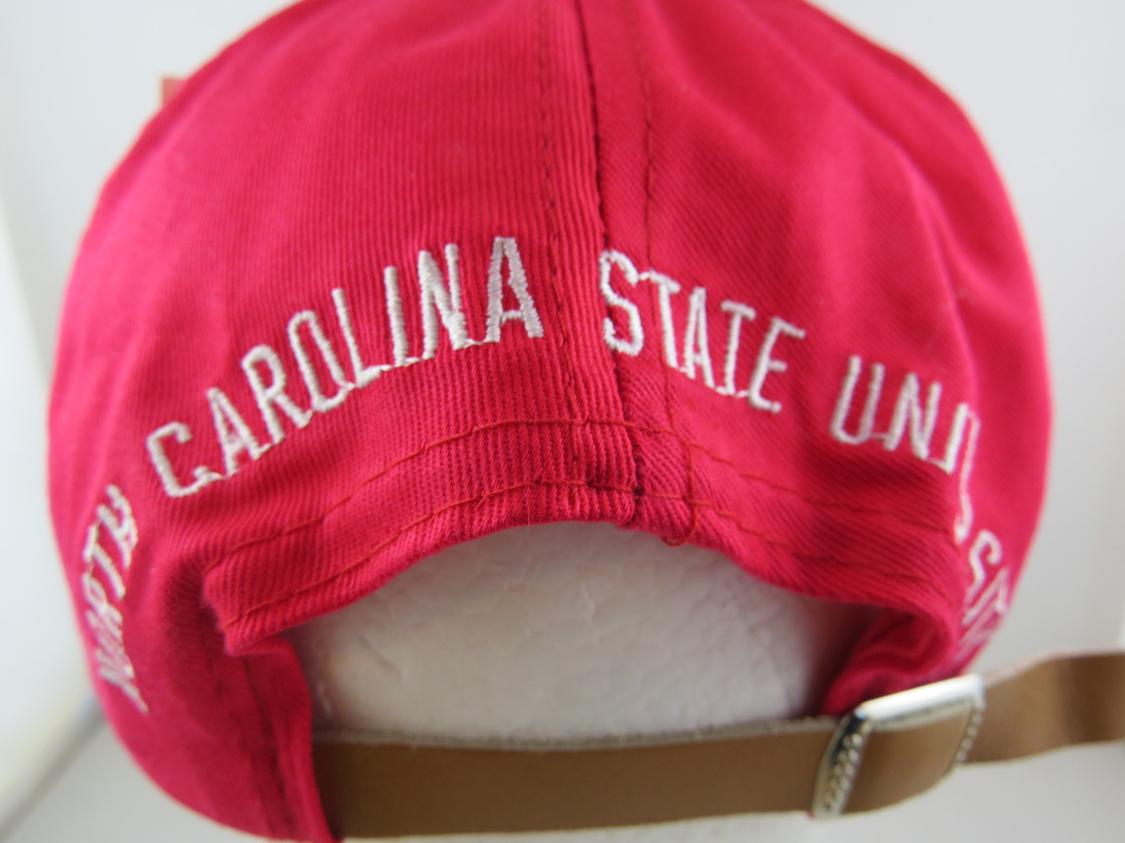 NC State Wolfpack Hat (Vintage) - Angry Wolf Face - Adult Leather Strapback