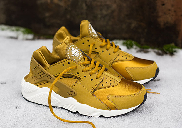 Primary image for Womens Nike Air Huarache For Women-Bronze Running Shoes -US Sizes 5.5--8.5 -100%
