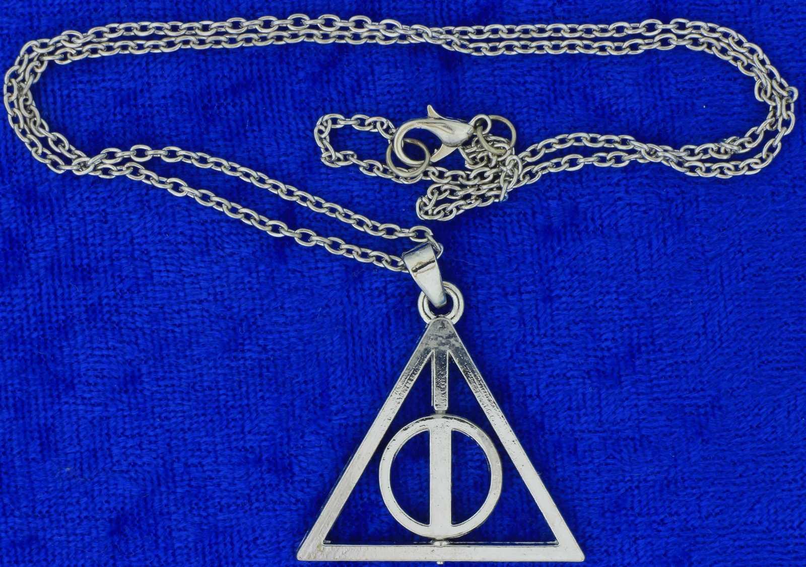 Deathly hallows spinning necklace