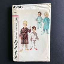 Simplicity Childs Robe and Pajamas 1960s Sewing Pattern 4250 Vintage Size 1 - $9.78