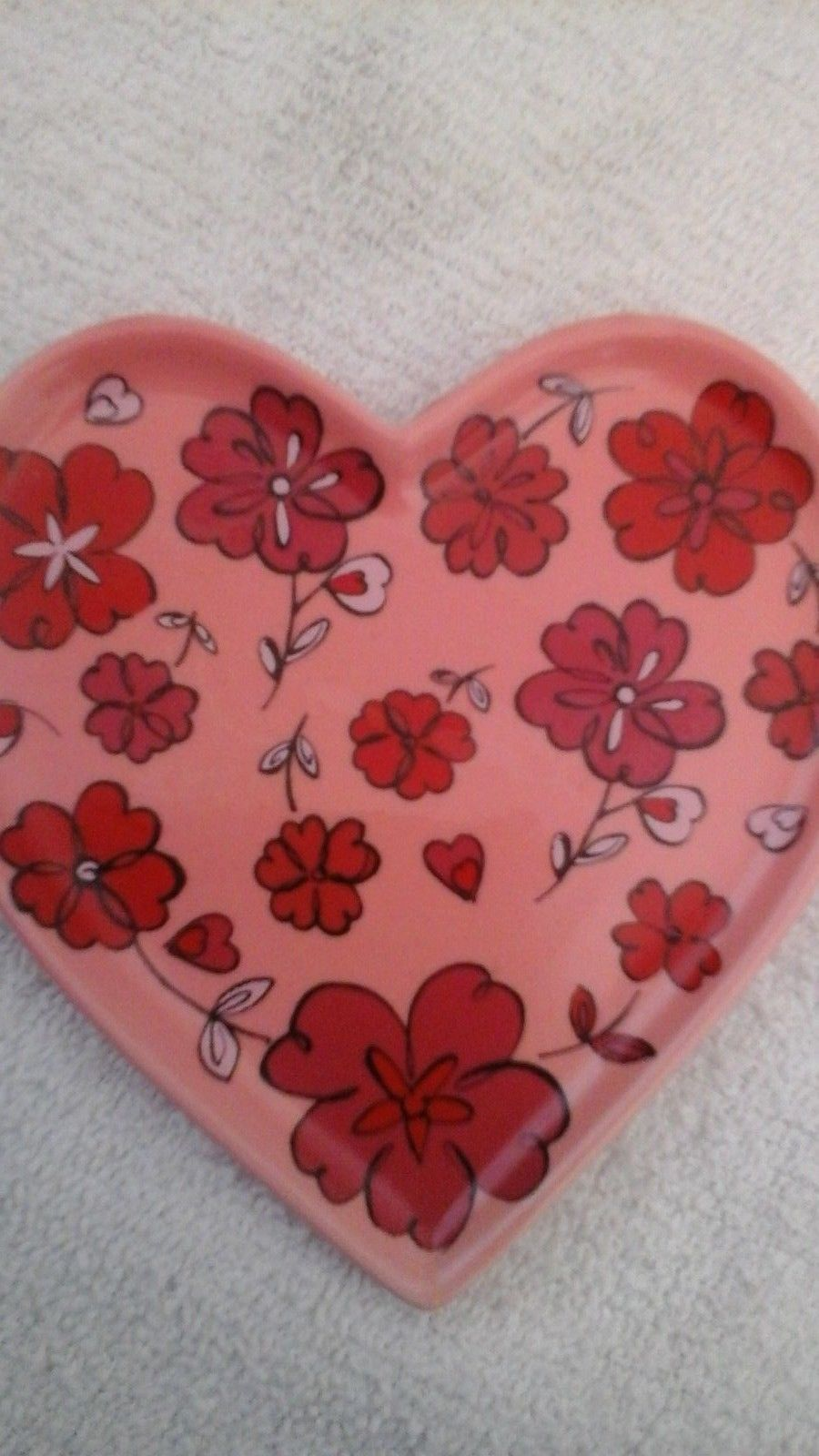 The White Barn Candle  Company  Ceramic  Heart Candle Trivet