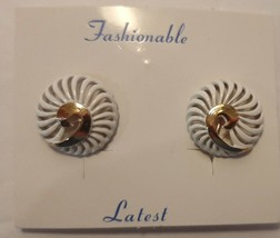 Vintage 1960's White and Gold Enamel CLIP Earrings Trifari Style New on ... - $14.80
