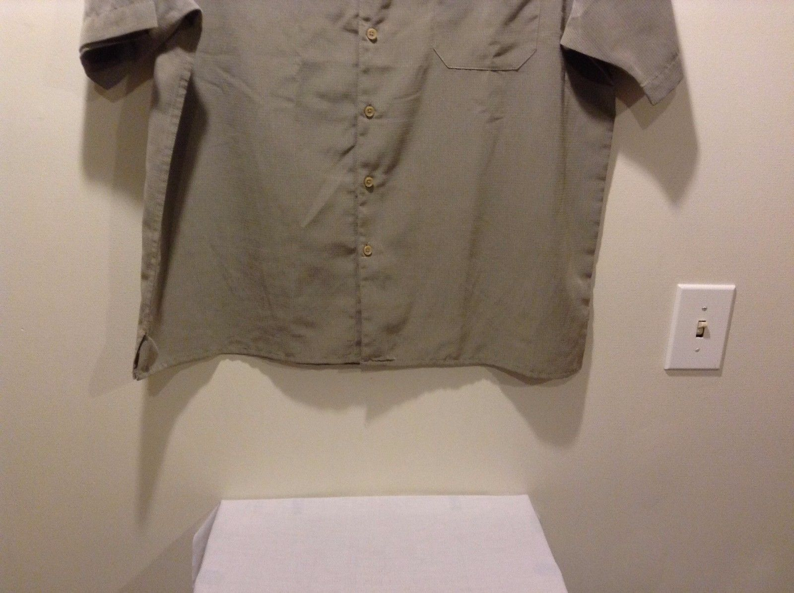 Men's Used Great Condition Yellow Olive Green Button Up George Shirt