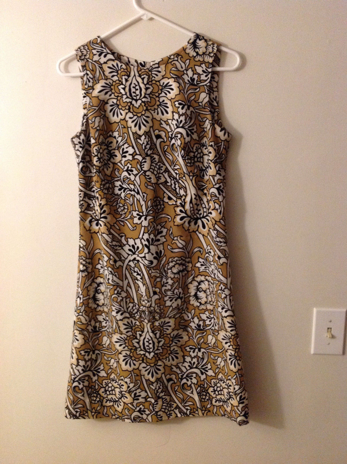 No Brand Women's Size XS Mod Dress A-Line Shift Baroque Print Black White Yellow