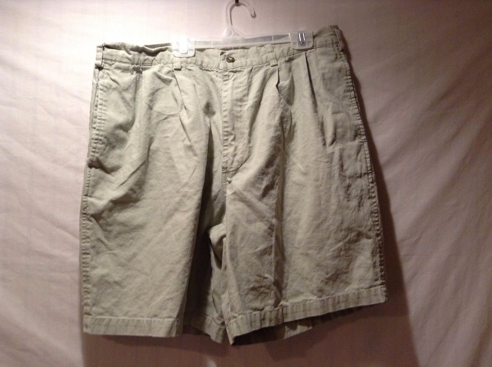 Women's Used Condition Bugle Boy Company Light Green Shorts Jeans