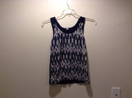 Women's Used Condition J. Crew Blue Navy and White Pattern Tank Top Size XXS
