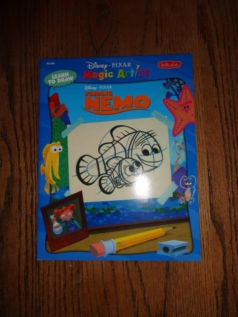Walter Foster HOW TO DRAW FINDING NEMO/mini plush/HAPPY MEAL SET Disney Pixar ++