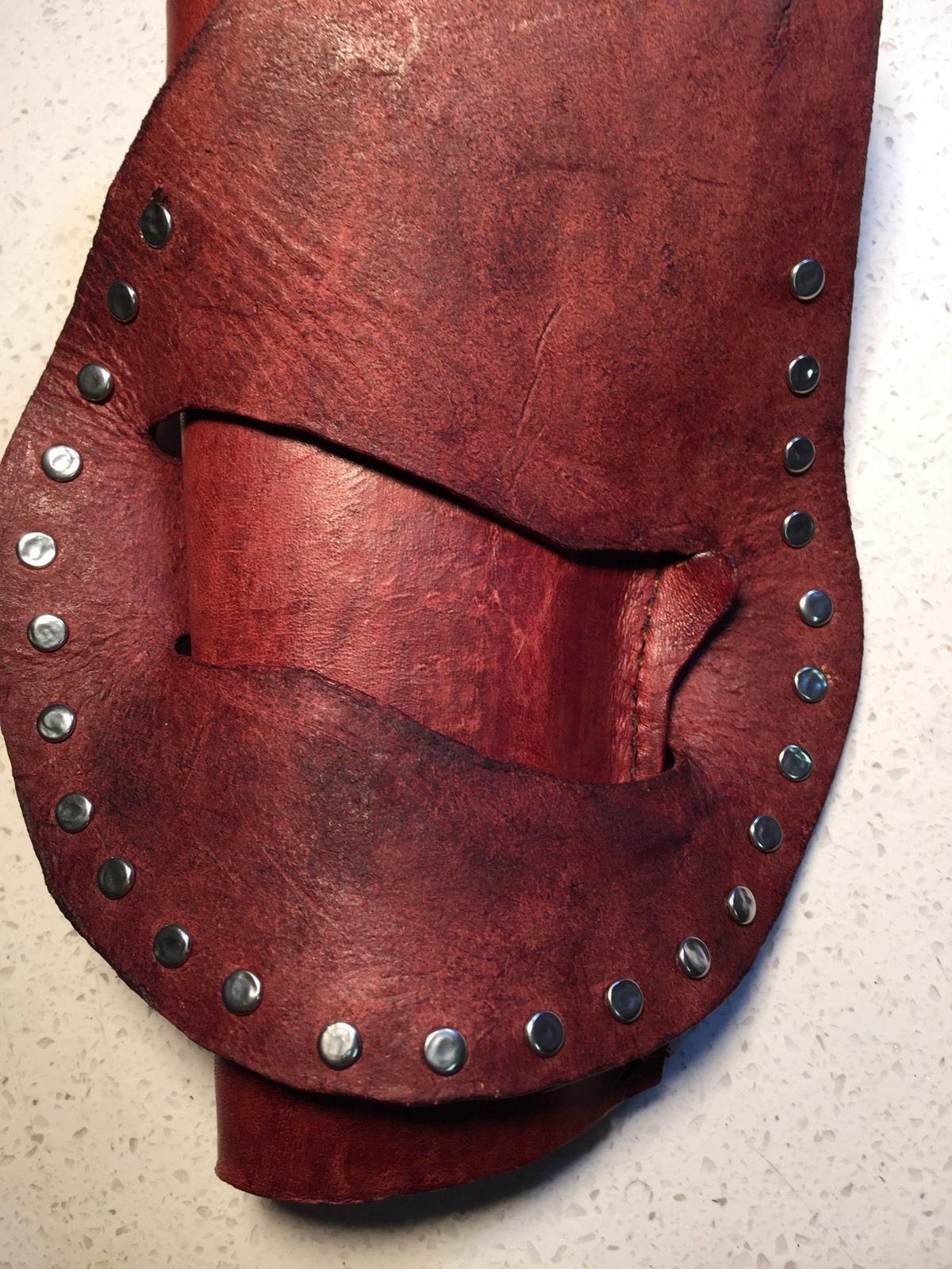 Handmade leather gun holster custom carving holsters