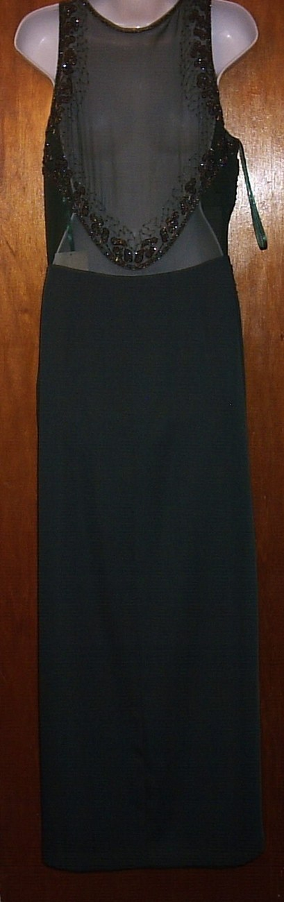 PARTYTIME SEQUINED NEW SIZE 16 GREEN FORMAL GOWN
