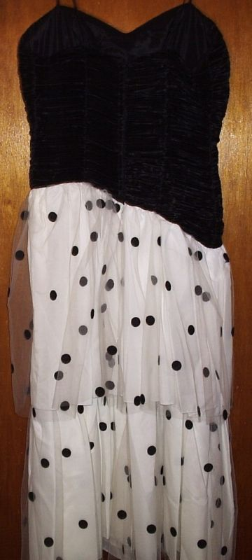 POLKA DOT/BLACK SHIRRED PARTY DRESS SIZE 9-10  NEW