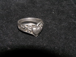 Estate Hallmarked Sterling Silver Celtic Heart Repousse Band Ring Size 5... - $21.39
