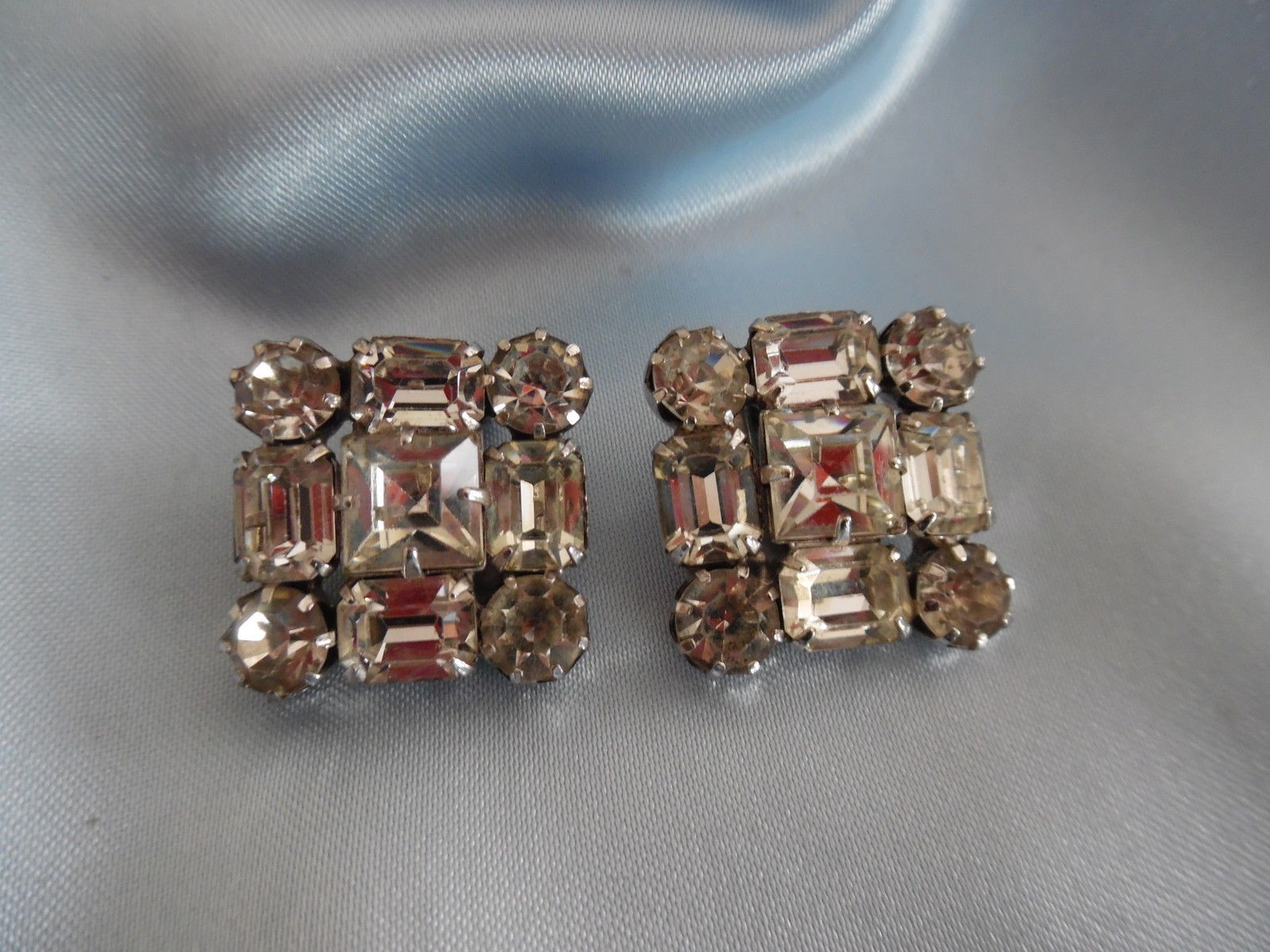Primary image for Vintage WEISS Rhinestone Square Clip on EARRINGS - Signed - FREE SHIPPING