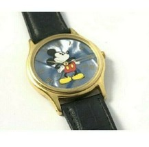 Vintage Mickey Mouse Gold Tone Watch Disney V500-7 A30 with New Battery - $23.61