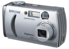 Samsung Digimax 240 2.0 MP Digital Camera - $21.43