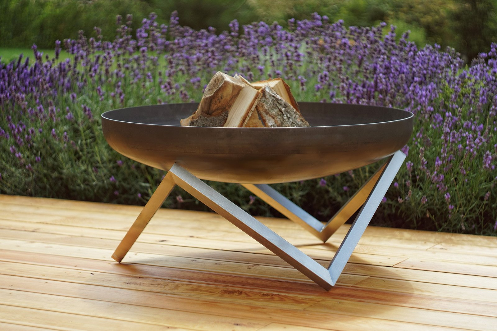 Modern outdoor patio rust stainless steel fire pit memel for Big fire pit