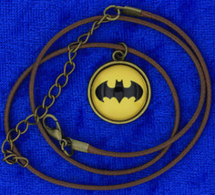 Batman Crest Necklace Bat Symbol Cabochon Chain Style Length Choice - $3.99+