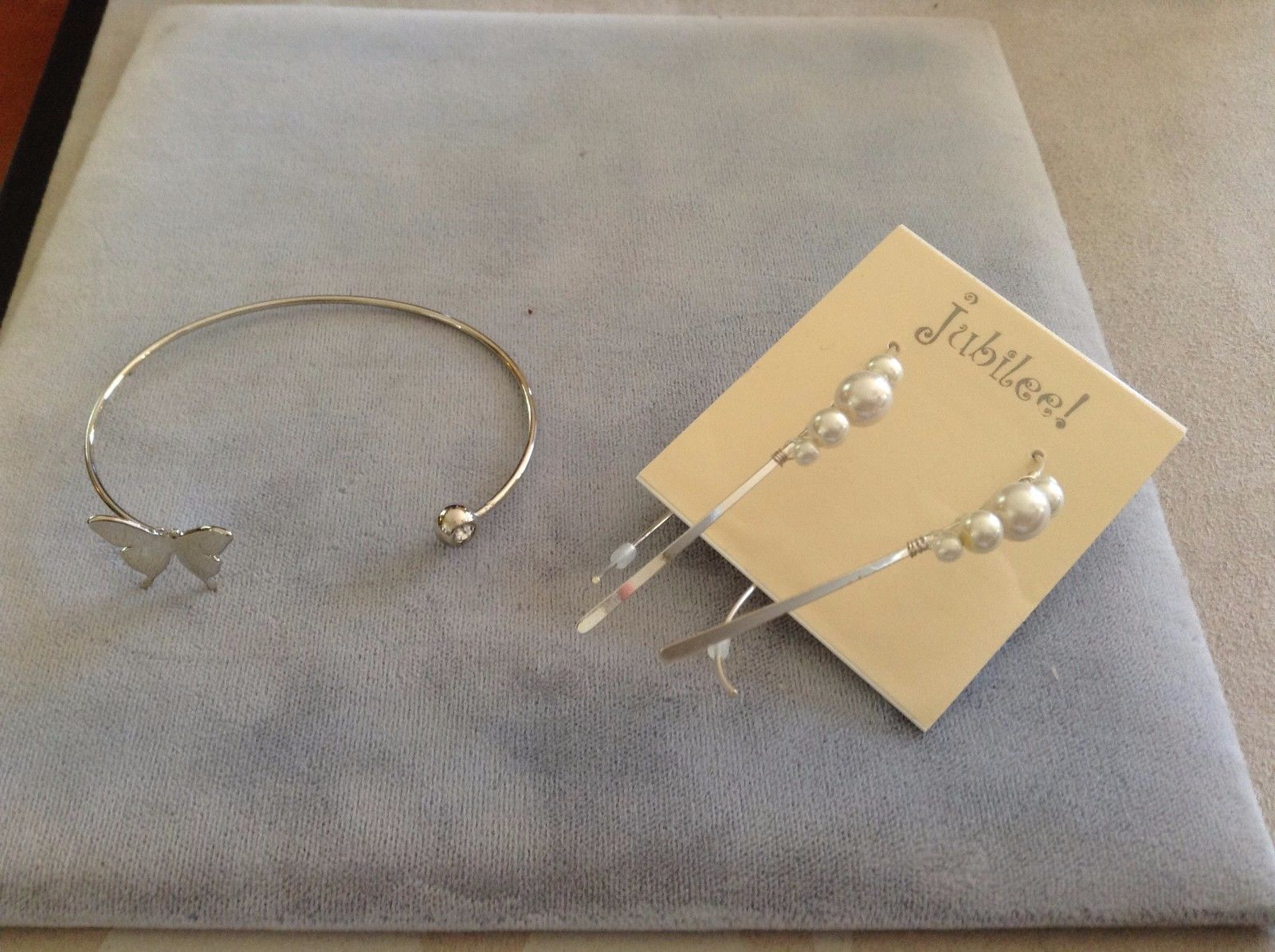 New Two 2 Piece Earrings and Bracelet Set Butterfly Silver Toned Cuff Pearl
