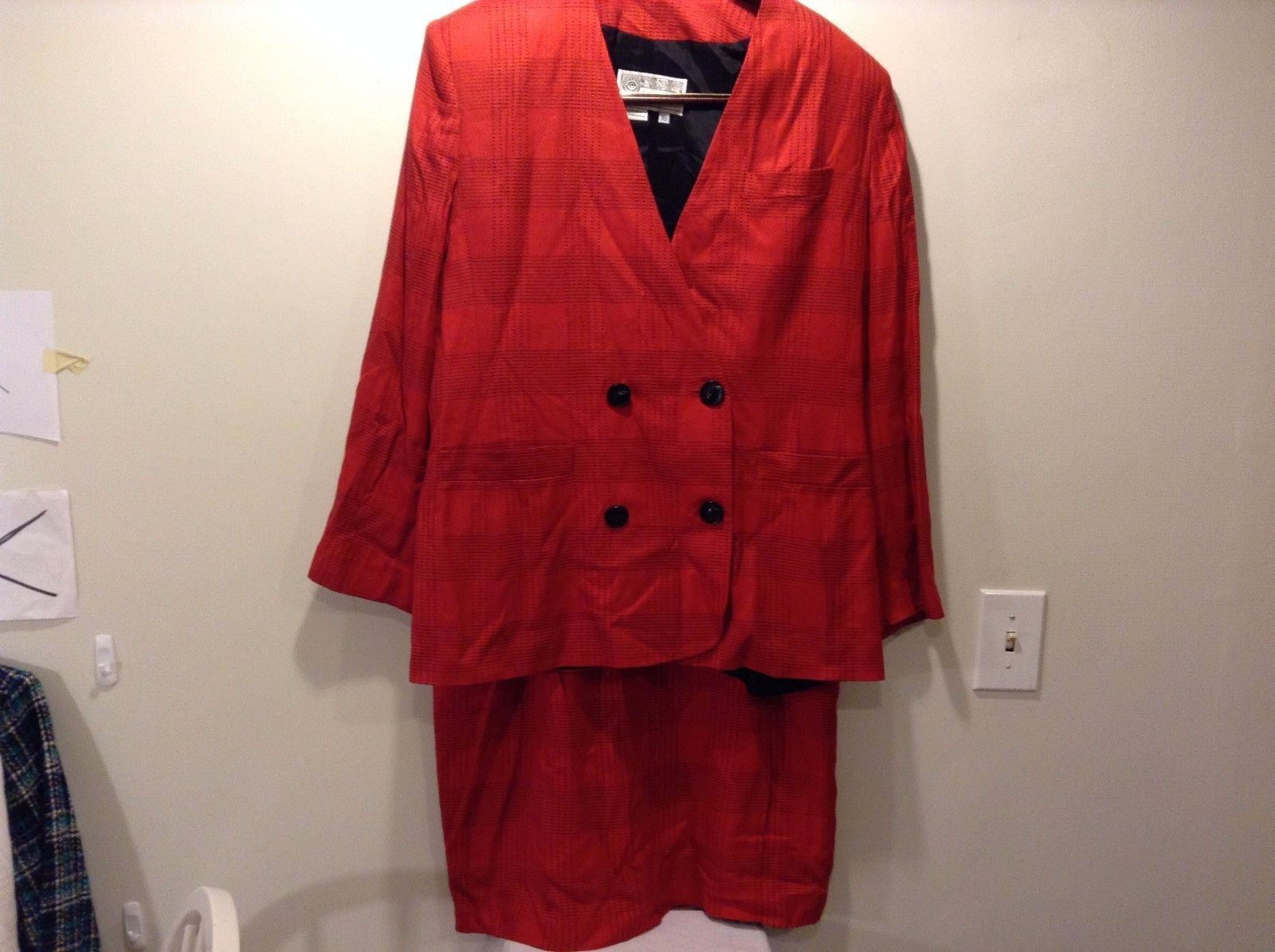Used Good Condition Red Black Blazer and Pencil Skirt Set Suit Size 16 J.Gallery