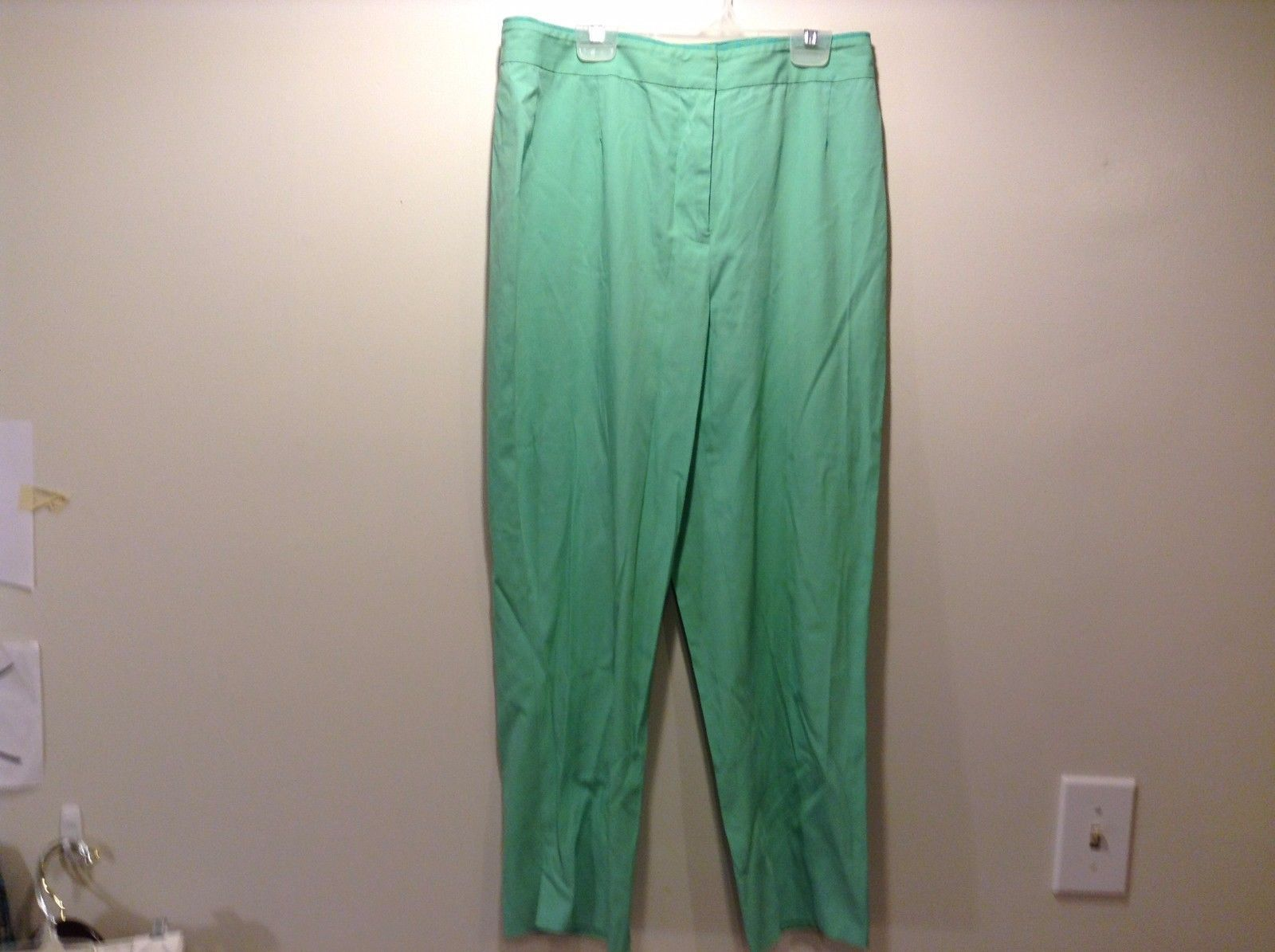 Used Good Condition Seafoam Green Slacks TSE Brand Size 8 Cotton Blend