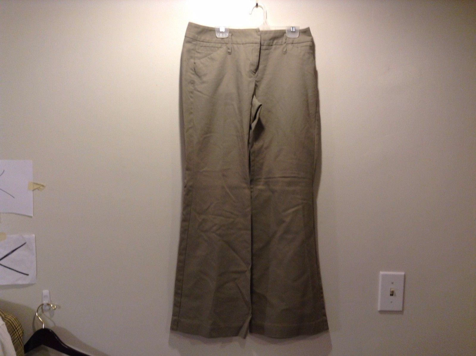 Used Good Condition New York And Company Khaki Cotton Blend Slacks Size 4