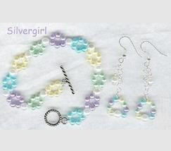 Beaded Flower Imitation Pearl Bracelet and Earring Set - $16.99