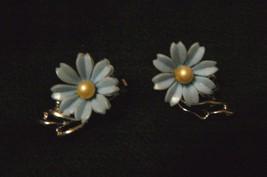Vintage BSK Silvertone Blue Flower Pearl Center Clip on Earrings - $11.87