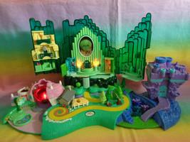 VTG 2001 Turner Entertainment Polly Pocket Wizard of Oz Emerald City Pla... - $49.48
