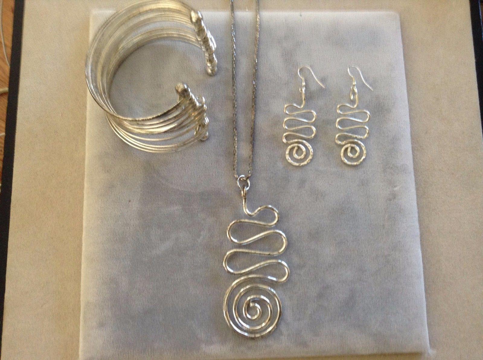 New Sun King Silver Toned Hanging Earrings Swirl Necklace Bracelet