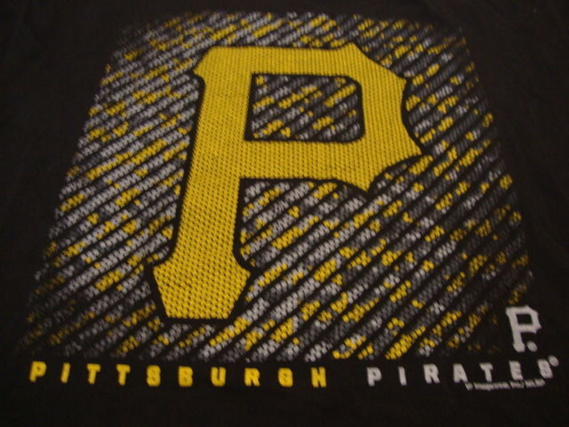 Primary image for MLB Pittsburgh Pirates Major League Baseball Fan Genuine Merchandise T Shirt L