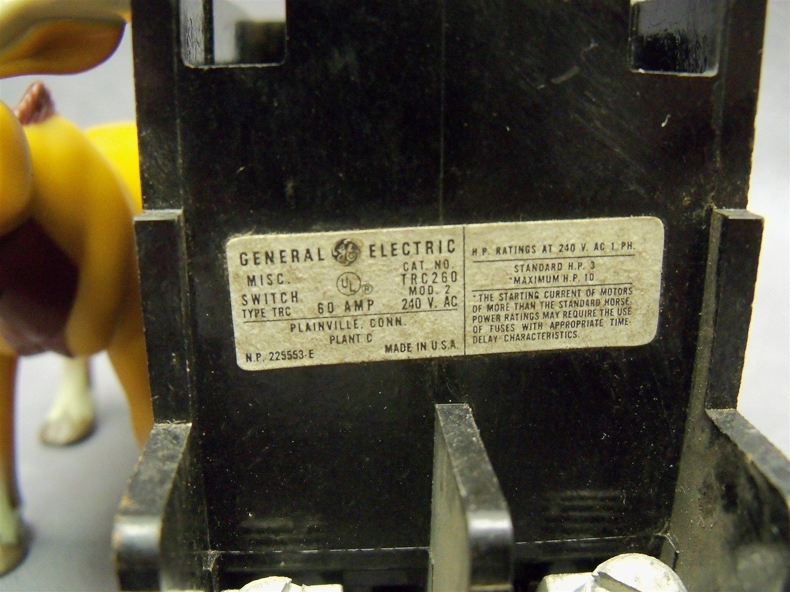 General Electric Ge Trc260 Fuse Panel Box And 50 Similar Items Pull Outs Block 60 Amp