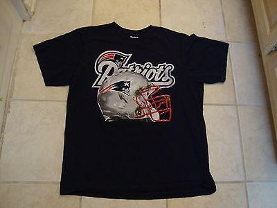 New England Patriots Grassy Football Helmet Navy Blue NFL T Shirt L image 2