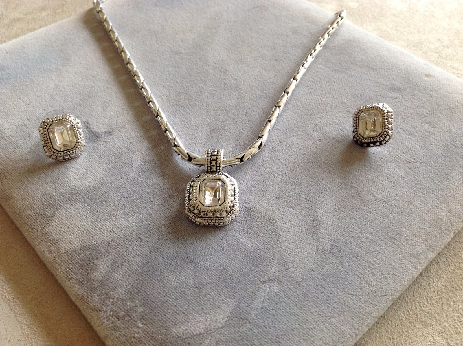 New Allure Silver Toned Necklace and Earring Combo Set With Gems