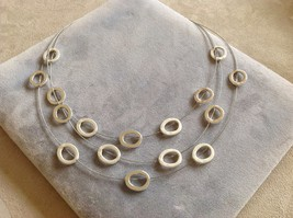 New Allure Circle Wire Link Necklace Silver Toned