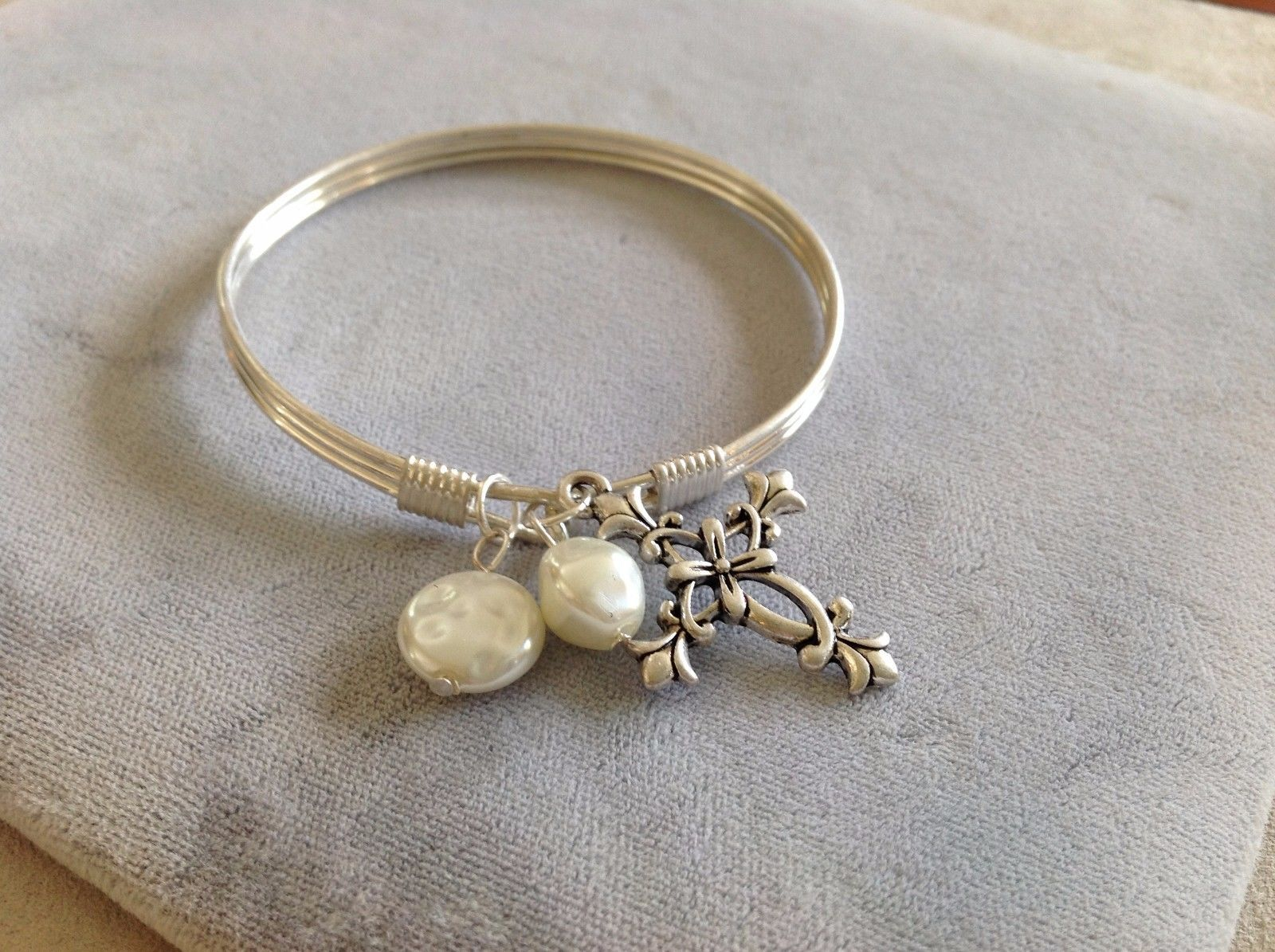 New Silver Toned Bracelet With Floral Cross Charm and Pearls