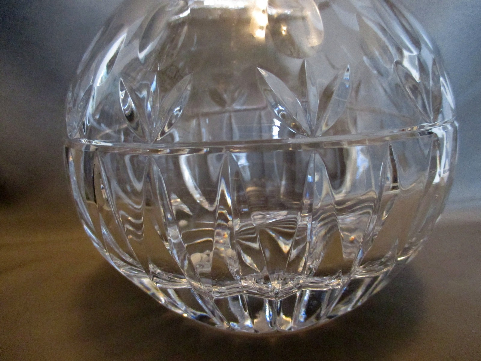 Crystal  Decanter By Block Stunning Incredible Refraction Tulip Design image 4