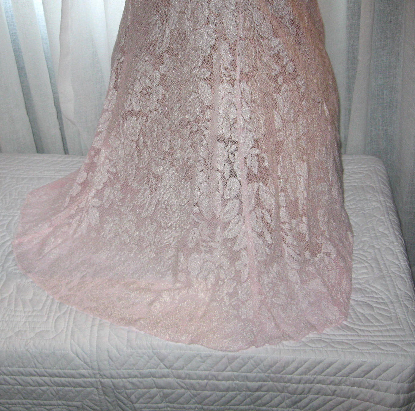 Stretch Lace Nightgown Slip Chemise 1X Pink White Lace Short Gown