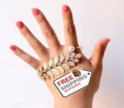 Fashion Designer Hand Palm Cuff Charm Bangle for Women Accessories - $16.00