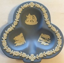 Wedgewood Queensware Powder Blue & White Jewelry Trinkets Clover Ash Tray - $32.71