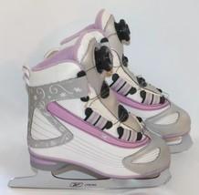Girl Kid White Pink Skating Shoes Reebok Sz 3 Junior Slightly Winter Sports - $27.69
