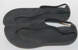 Crocs Gladiator Women Sz 4 Sandal Flip Flop Black Summer Beach Rubber - $12.19