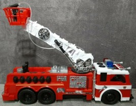"22"" Plastic Fire Truck Moveable Hook & Ladder Working Water Cannon & Sir... - $14.99"